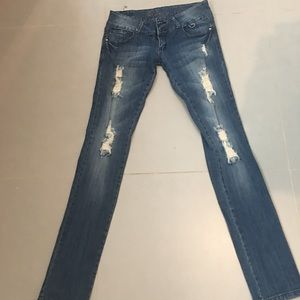 Denim - Long ripped jeans